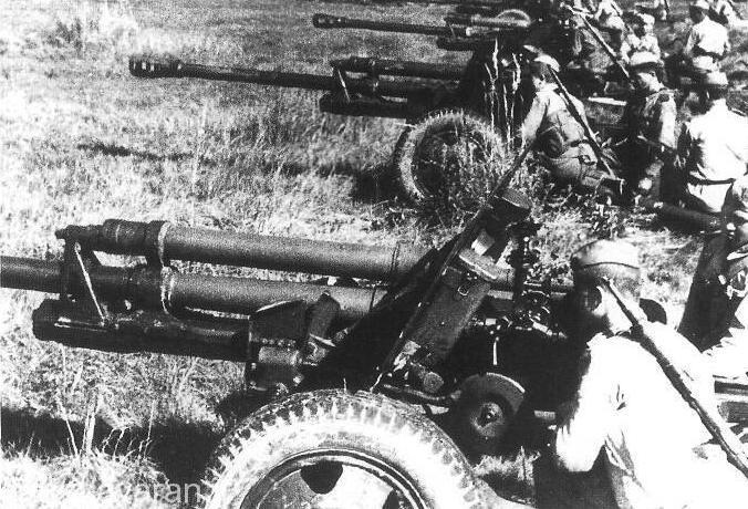 توپ ضد زره 57 ميليمتري اصليترين سلاح ضد تانك روسها در كورس بود.