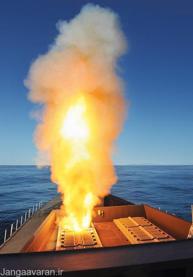 موشک استار در حال شلیک از سلول های نگهداری