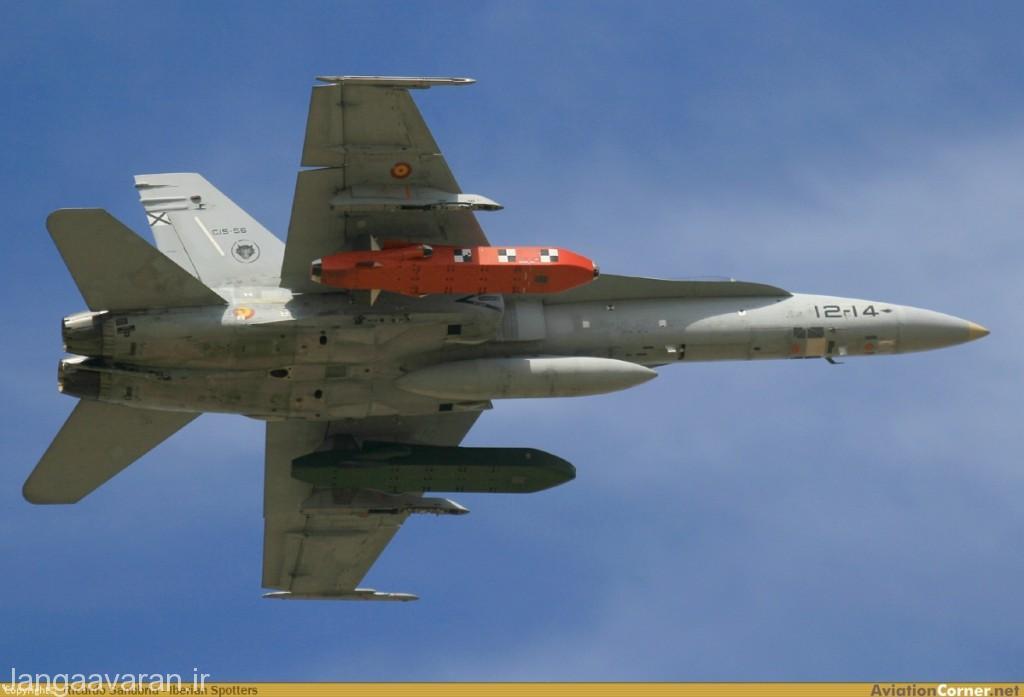 اف18 نیروی هوایی اسپانیا مسلح به موشک کروز تاروس با برد 500 کیلومتر