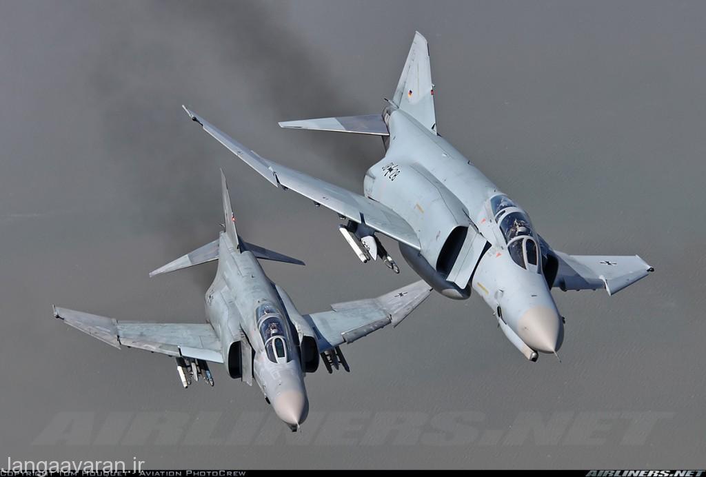 اف4 اف نیروی هوایی المان. اف4 فانتوم اولین جنگنده نسل سوم عملیاتی غرب بود که چندین کشور از جمله المان یونان و ترکیه ان را در ناتو اروپای به خدمت گرفتند