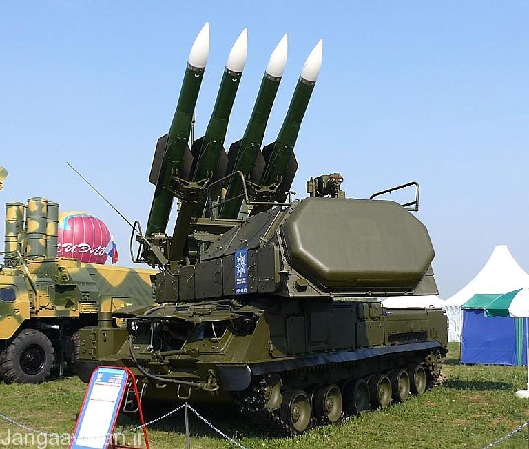 سامانه بوک ام2 مجهز به موشک 9کا 37 و رادار اریه فازی غیر فعال 9 اس 36 در جلوی ان