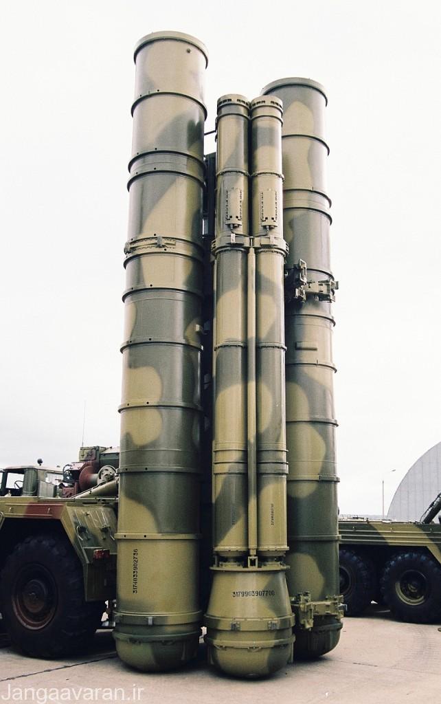 لانچر پرتاب متشکل از دو لوله پرتاب موشک کوچکتر 9 ام 96 ایی و دو موشک بزرگتر 48 ان 6