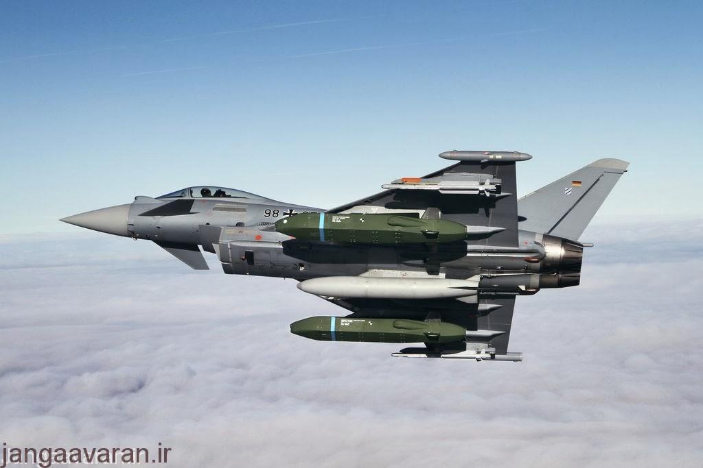 یورفایتر المانی و دو موشک کروز تاروس .نسخه انگلیسی به جای تاروس ، موشک اشتروم شادو حمل می کند
