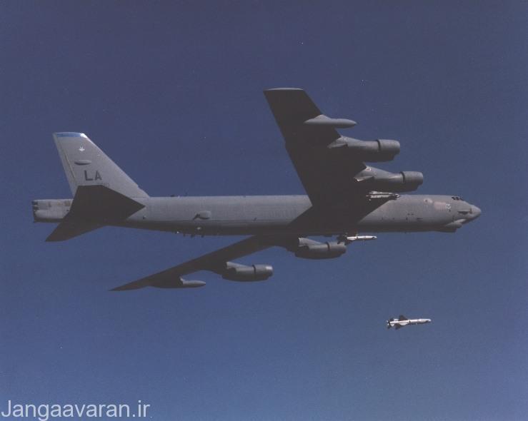 پرتاب ای جی ام 142 از ب 52 اچ نیروی هوایی امریکا