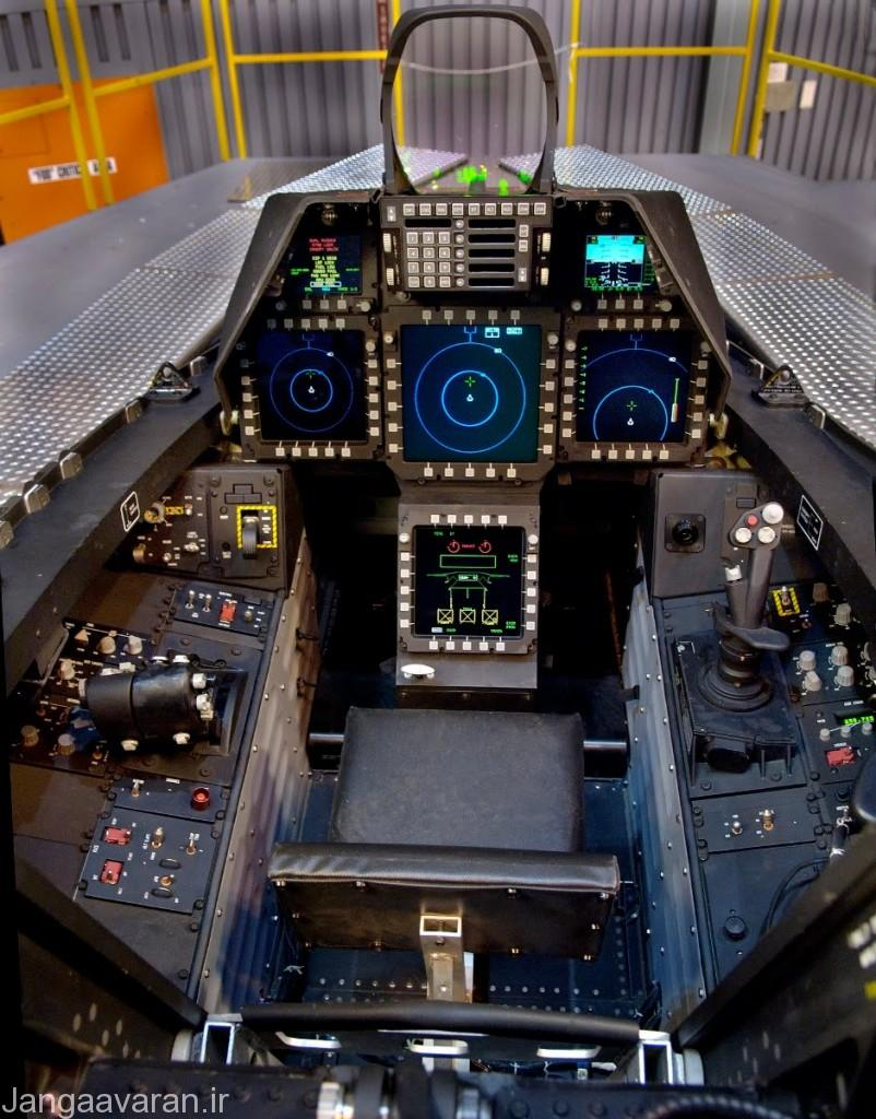 f22_cockpit_illuminated