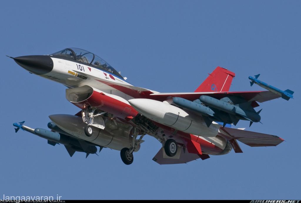 جنگنده چند منظوره میتسوبیشی F2