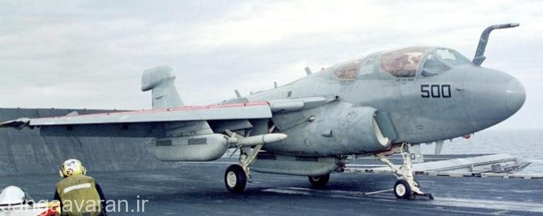 یک هواپیمای E-6B مجهز به موشک هارم و تجهیزات جنگ الکترونیک.