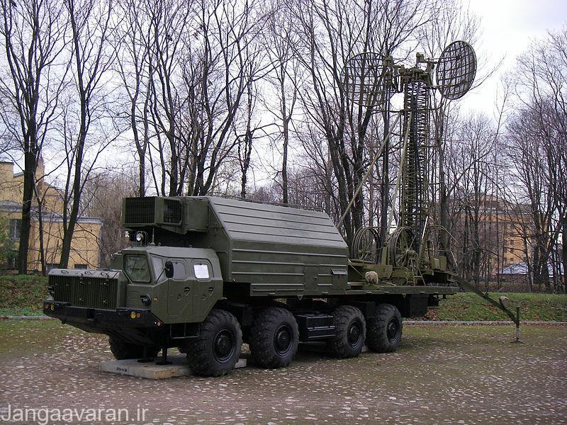 خودروی فرمانده ای که متشکل از سامانه ناوبری و ماهواره ای است