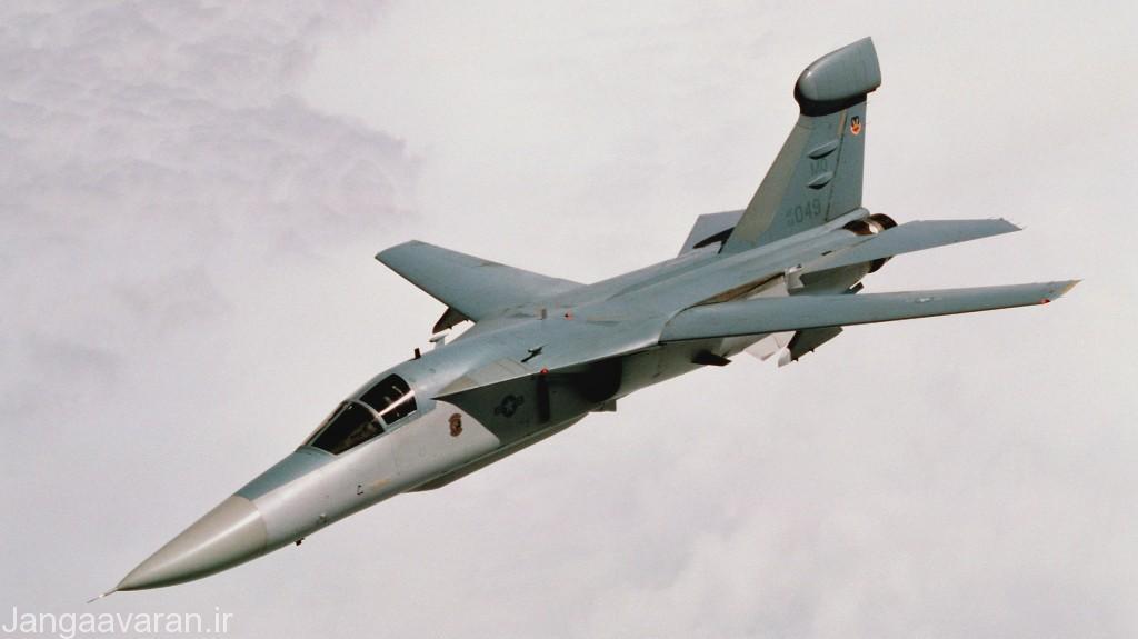 EF-111A نقش کلیدی در اخلال رادارها و موشک های زمین به هوای دشمن و همچنین آواکس ها اجرا می کرد. این جنگنده در Stand-off Jamming نیز برای حفاظت الکترونیکی از جنگنده های خودی به خوبی عمل می کرد