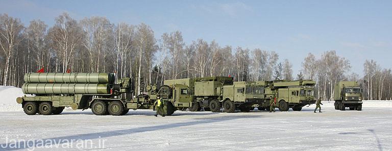 یک سامانه پدافندی برد بلند سام-21 (اس-400), روسیه در طی دهه های گذشته به دنبال توسعه سامانه های پدافندی مطمئن تر در برابر جنگنده های پنهانکار بوده است