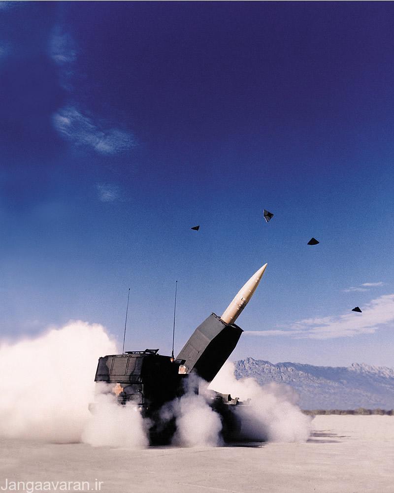 پرتاب موشک از سامانه توپخانه ای هیماریس