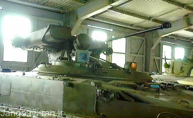 ابجکت 688 مسلح به یک توپ 30 م م و دو موشک کنکورس
