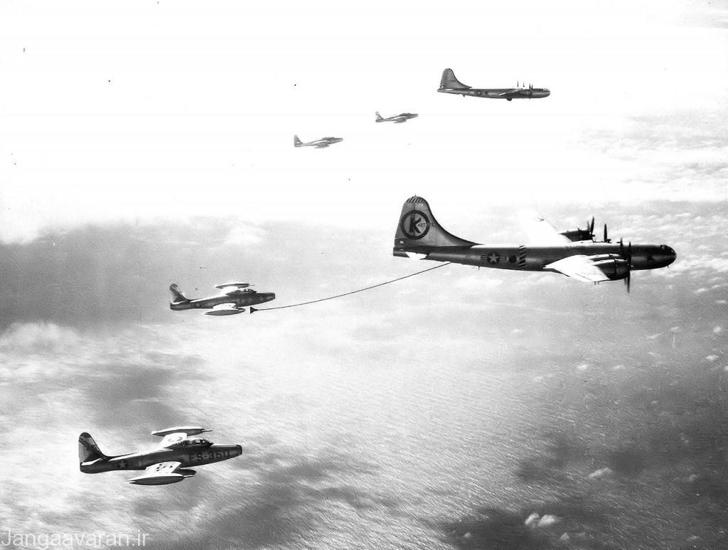 سوخت رسانی هوایی کی بی 29 به اف84 در سال 1953