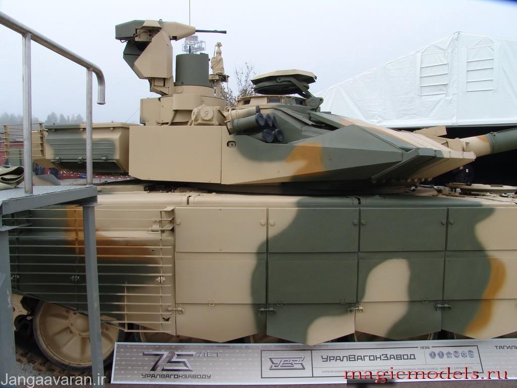 اس ام بر روی برجک مجهز به یک مسلسل 7.62 م م کنترل شونده از درون برجک است که توسط سایت پانورماتیک فرمانده هدایت میشود