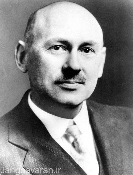رابرت گودارد دانشمند امریکا که اختراع موشک به نام وی ثبت شد. طرح ولی 2 المانی بر اساس طرح های وی ساخته شد