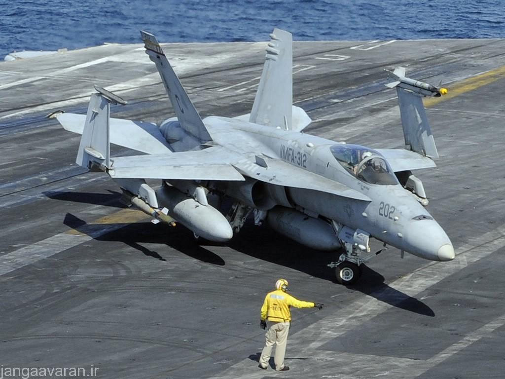 همکنون اف 18 تنها جنگنده ناوهای هواپیما بر امریکا است که تمامی عملیات های رزمی را انجام میدهد