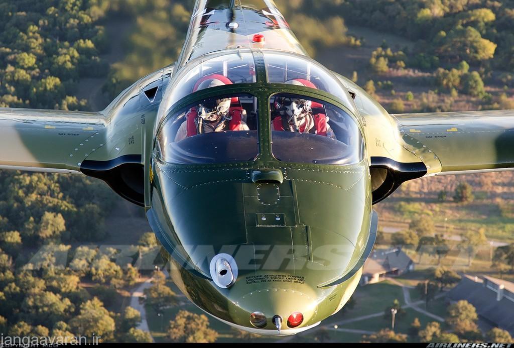 """تی37 دی که بعدها  """"ای-37ای"""" نامیده شد مجهز به مسلسل مینیگان در دماغه"""