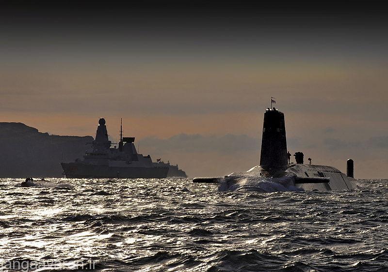 ناوشکن تایپ 45 و زیر دریایی ونگارد...پیشرفته ترین شناورهای ارتش انگلستان و البته جهان