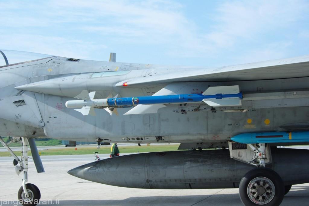 موشک AAM-3 بر زیر بال اف15
