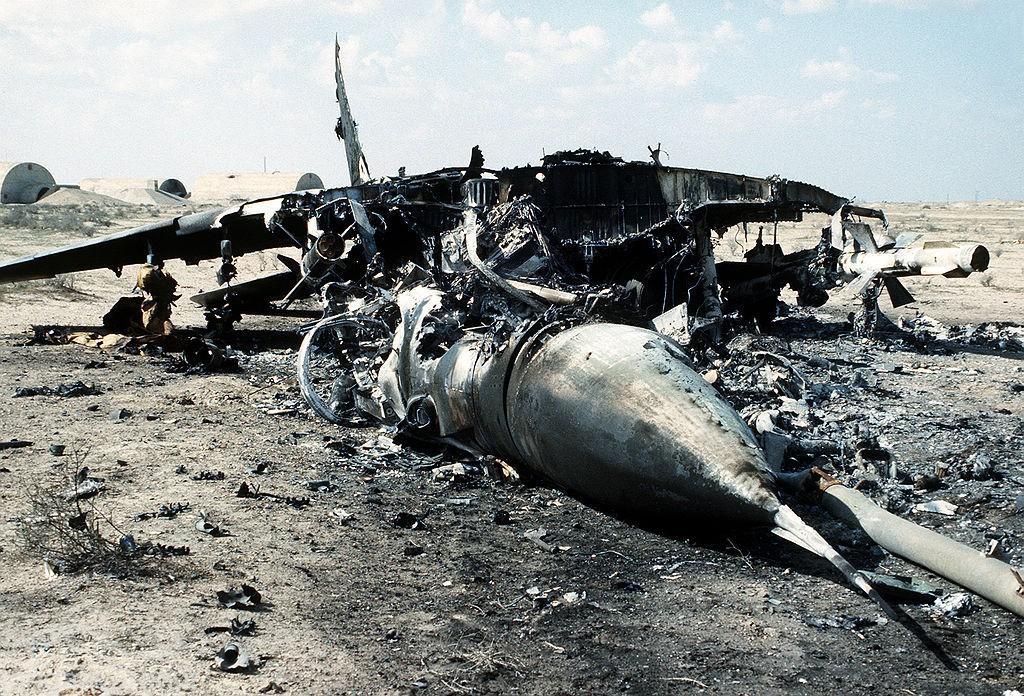 میگ29 عراقی که هدف قرار گرفته و سرنگون شده است
