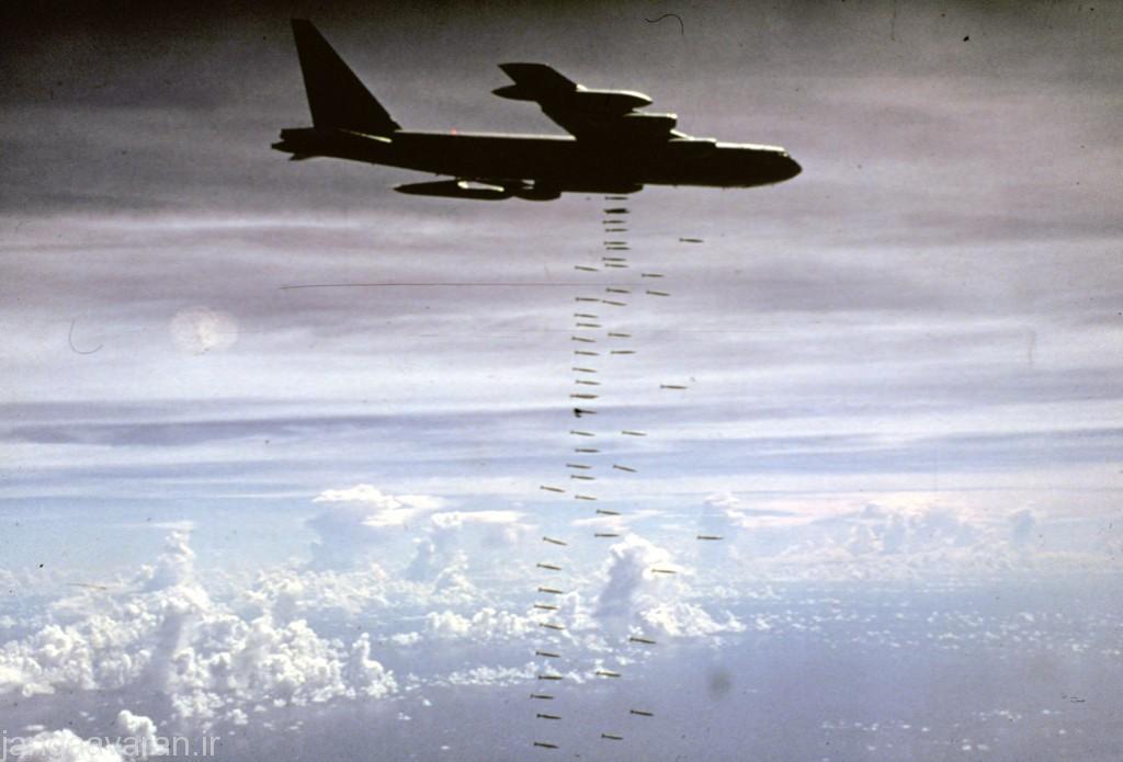 ب 52 در ویتنام..با وجود کستردش شبکه پدافند هوایی در ویتنام تنها 13 ب52 از دست رفت