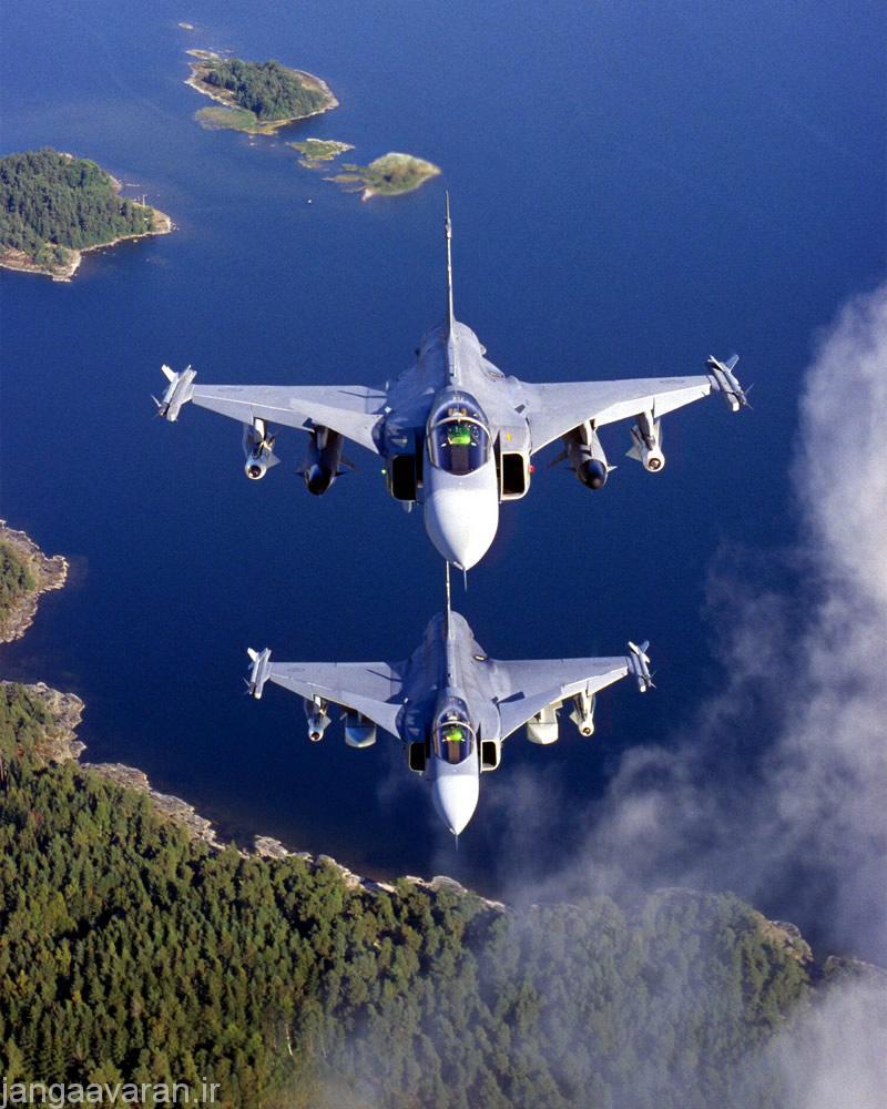 AIR_JAS-39_Gripens_AGM-65_RBS-15_Taurus_Frontal_lg