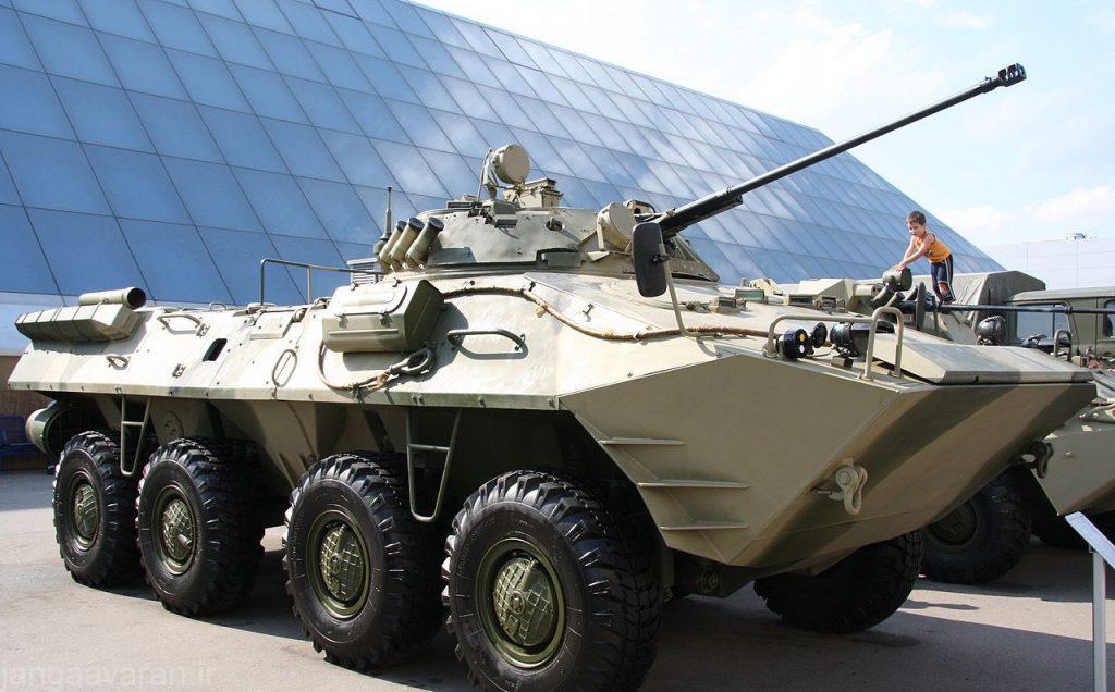 1280px-BTR-90_(1)