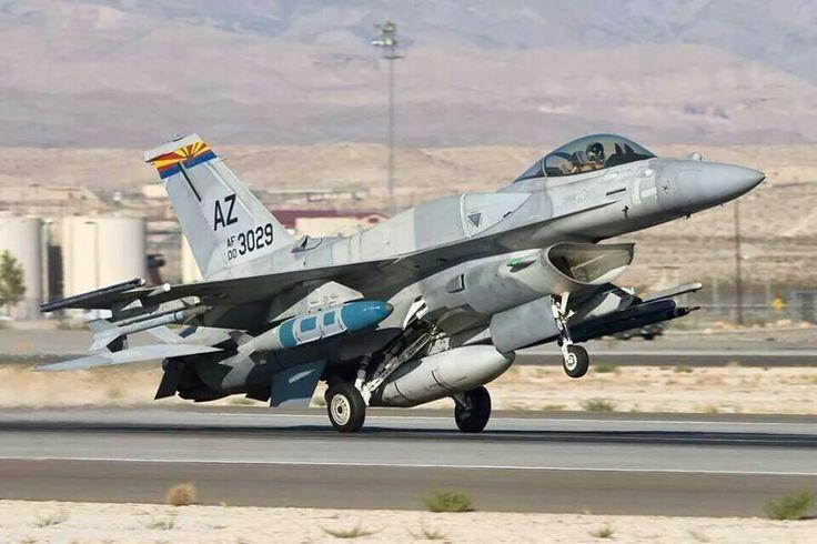 اف16 ایی اماراتی و بمب هدایت ماهواره ای JDAM