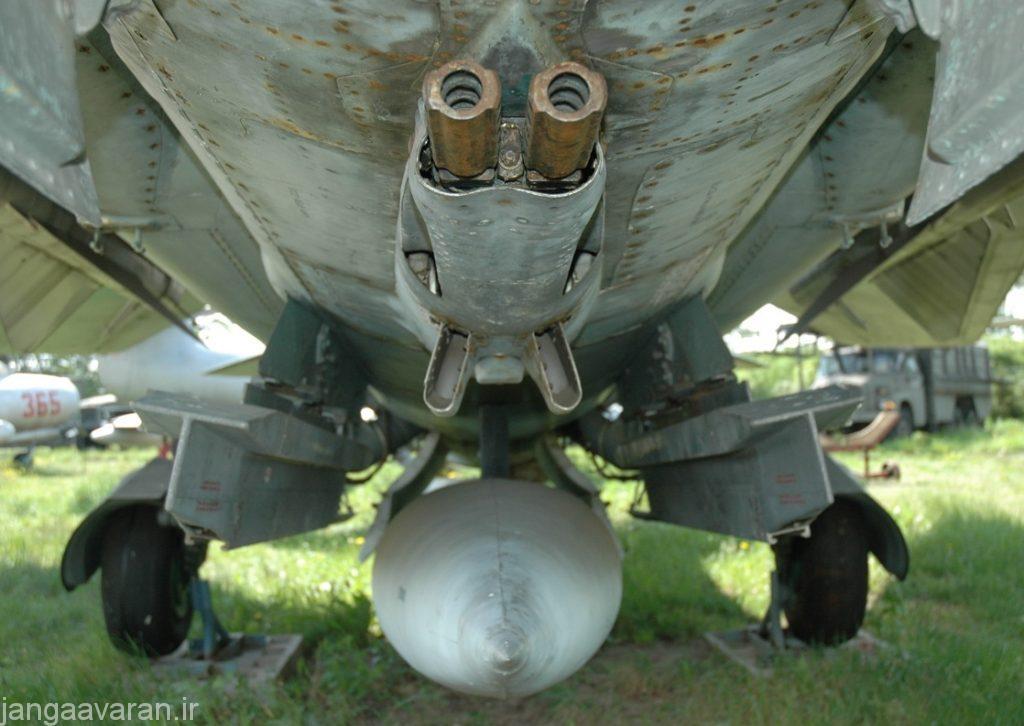 توپ GSh-23-2 زیر میگ23