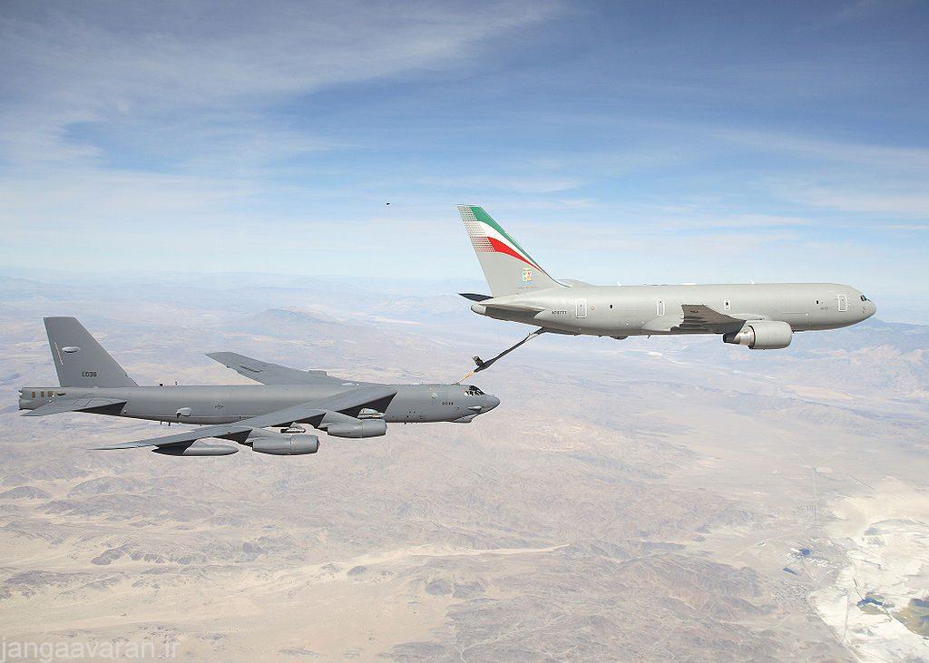 1024px-KC-767_Aeronautica_Militare_refueling_B-52H_2007