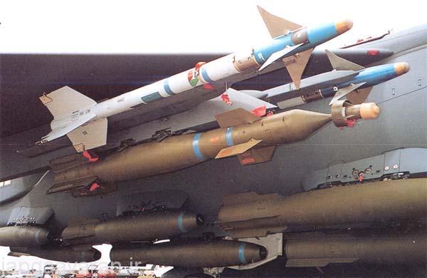 بمب لیزری زیر بال دو سایدواندر و بمب های سقوط ازاد