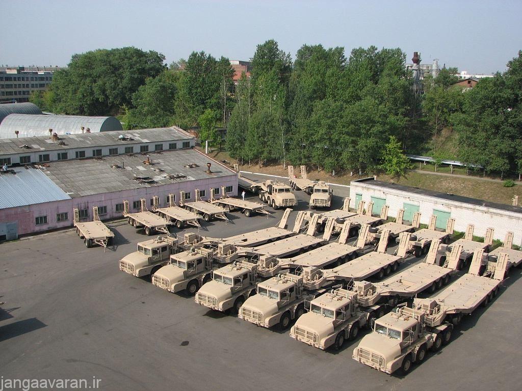 تانکبر های MZKT-74135 آماده شده برای ارتش امارات