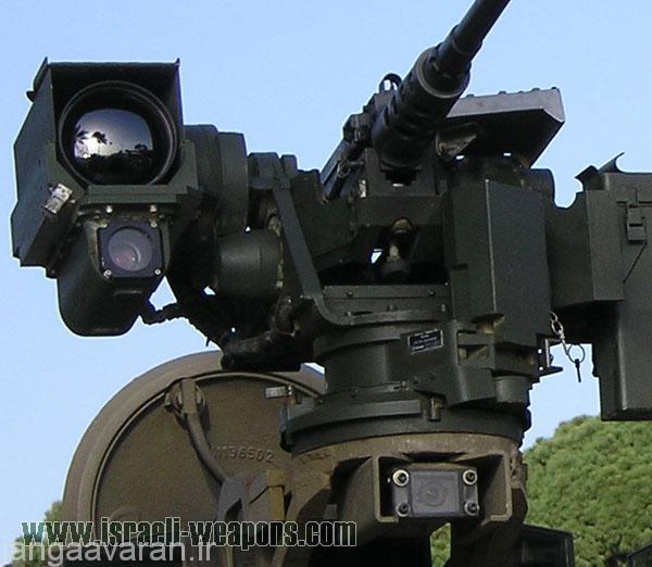 مسلسل و تجهیزات اپتیک روی بدنه برای اتش از درون نفربر