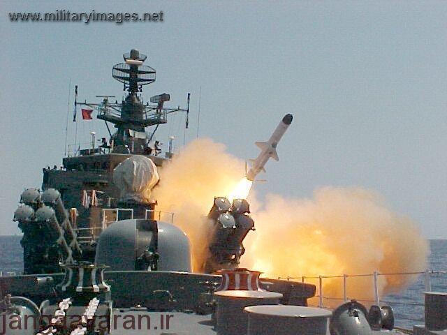 Indian_Navy_-_frigate_INS_Brahmaputra_launching_Kh-35_Uran_missile