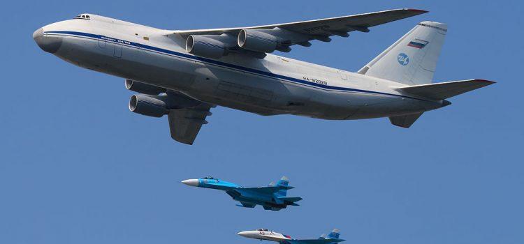 هواپیمای ترابری انتنوف 124