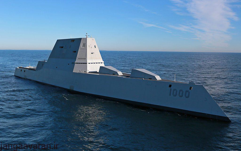 future_uss_zumwalts_first_underway_at_sea
