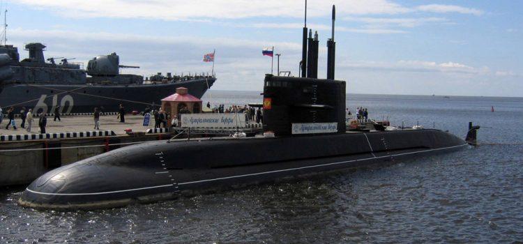 زیر دریایی کلاس لادا و آمور
