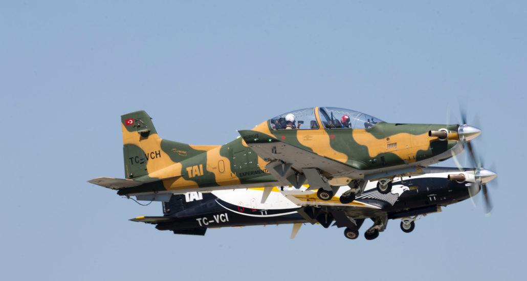 هواپیمای اموزشی و رزمی هیرکوش ساخت ترکیه