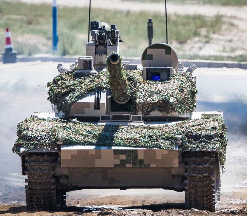 تانک سبک VT5 و خودروی رزمی VN17