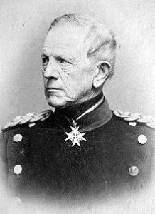 ژنرال فن مولتکه رییس ستاد ارتش پروس. او در نبرد ننزیب در کنار ارتش عثمانی بود