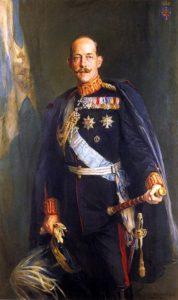 پرنس کنستانتین ولیعهد وقت یونان فرمانده کل ارتش یونان در هنگام جنگ با ترکیه بود