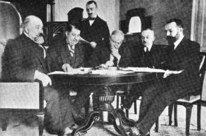 مذاکرات صلح لوزان. اگرچه جنگ با پیروزی ایتالیا به پایان رسید اما فشار زیادی به اقتصاد ایتالیا وارد شد