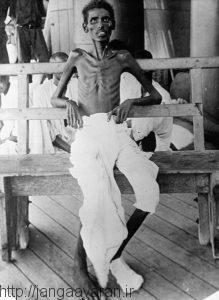 یک سرباز هندی بعد از محاصره کوت. تفاوت های فرهنگی ارتش انگلستان را برای تغذیه دچار دردسر کرد