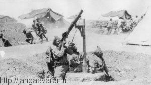 سرباز هندی در حال شلیک به هواپیماهای عثمانی در نبرد های بین النهرین