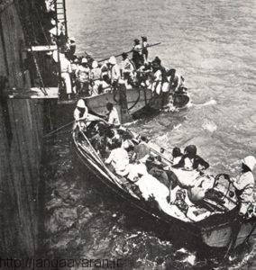 آوارگان موسی داغ در حال سوار شدن به کشتی فرانسوی