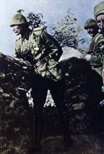 سرهنگ کمال در گالیپولی. مقاومت او تبدیل در این عملیات در سرتاسر عثمانی تبدیل به یک افسانه شد