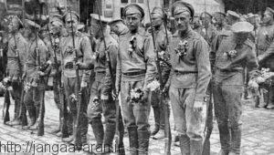 نیروهای ارتش روسیه مستقر در ایران. با پیشروی ارتش عثمانی از سمت غرب ایران به سرعت صحنه نبرد این دو دشمن قدیمی شد