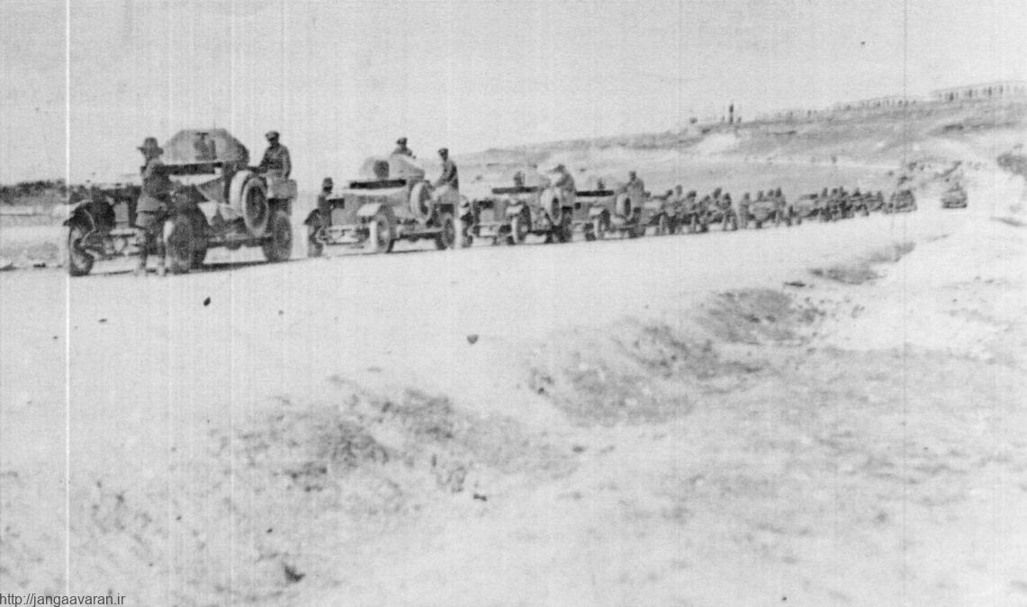ردیف خودروهای نظامی بریتانیا در شام. شکست های سنگین در خاورمیانه تقریبا آخرین نفس های ارتش عثمانی را گرفت