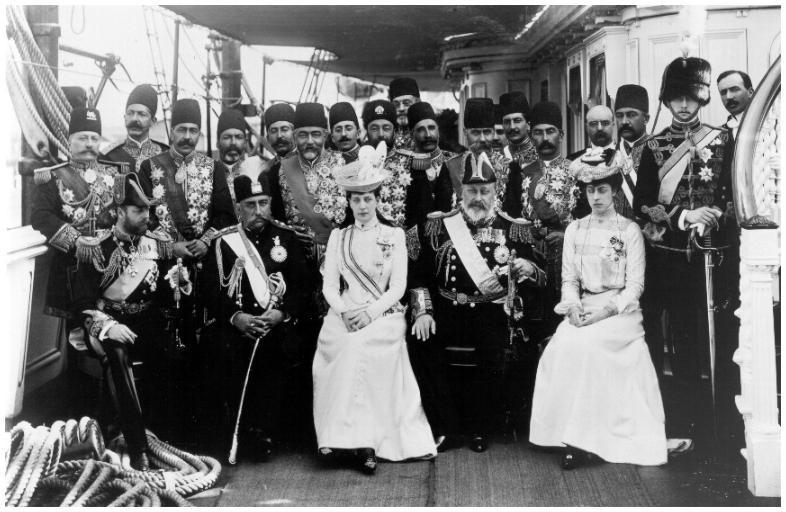 مظفرالدین شاه در کنار ادوارد هفتم و همسرش