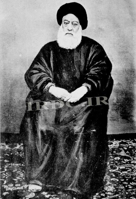 آیت الله طباطبایی. او در ماجرای ساخت بانک روسیه در بازار تهران در مقابل شیخ فضل الله نوری قرار گرفت